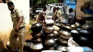 The ED and police jointly raided in Salia Sahi.