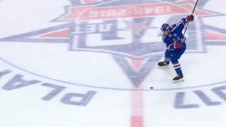 Zubarev beats Koshechkin from center ice