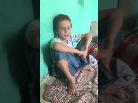Beautiful recitation holy quran by palastanian boy.