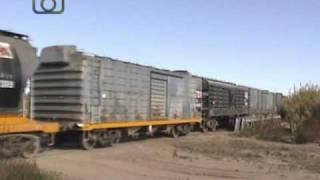 preview picture of video 'Tren granero de NCA cruzando el Arroyo de Tegua cerca de Dalmacio'