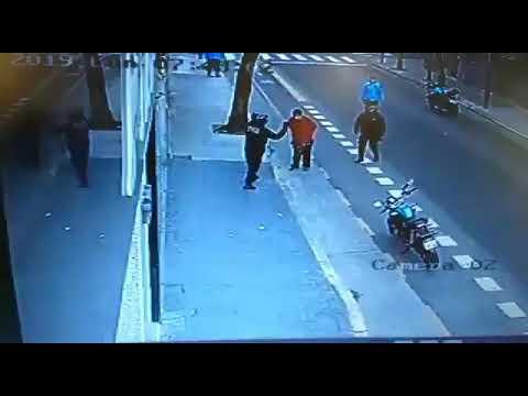 Así un policía mató a un hombre de una patada en el barrio porteño de San Cristóbal