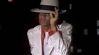 "Michael Jackson sings and dances ""Get Happy"""