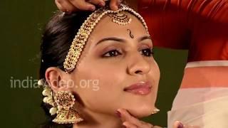 Bharatanatyam Matha patti or Nethi chutty