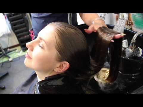 Zabiegi tryichologiczne włosów dla łupież