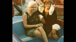 "Marilyn Monroe - RARE COLOR  candids of "" Some like it hot"""