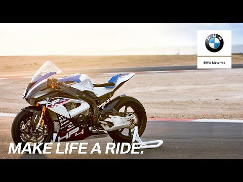 2018 BMW HP4 RACE in Iowa City, Iowa - Video 1