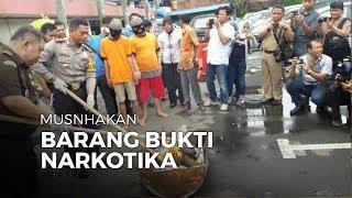 Kapolres dan Wakil Wali Kota Tangerang Bakar Ganja Bersama di Polres