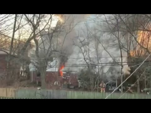 Grosse Pointe Woods home collapses after catching fire