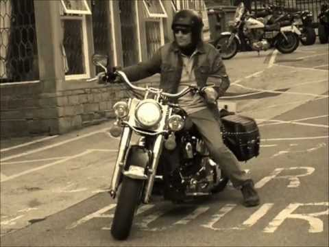 ROCK MUSIC (22) BEST SONGS FOR RIDERS (PHOTOS OF HARLEY DAVIDSON)PART ONE