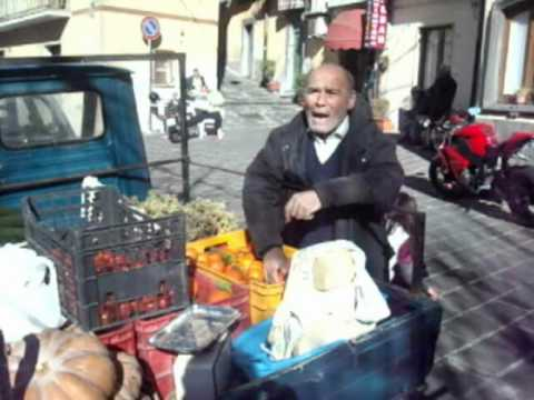 Venditori ambulanti 2 - di Tanino Cannata