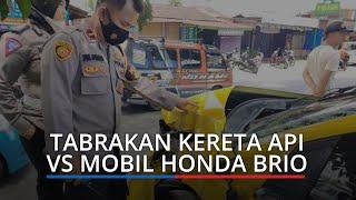 Tabrakan Kereta Api Vs Mobil di Kampung Lalang Padang, Bagian Depan Honda Brio Ringsek