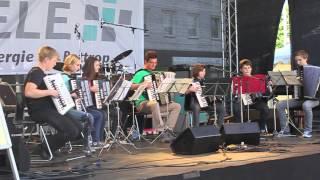 preview picture of video 'Stadtfest in Bottrop, 23.05.2014, Fest,Stadt Bottrop, Menschen,Sonne, Feiern, Spass, Essen'