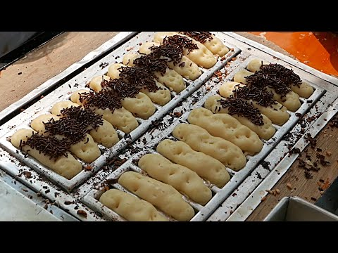 Indonesian Street Food - Kue Pukis Mini Chocolate Cheese Cakes Dessert