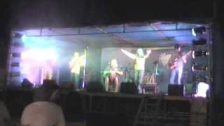 preview picture of video 'El Hombre Pez (antigua formación) -  Arenal de penagos 2008'