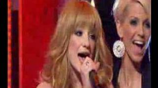 Girls Aloud Santa Claus is Coming To Town (FNP)