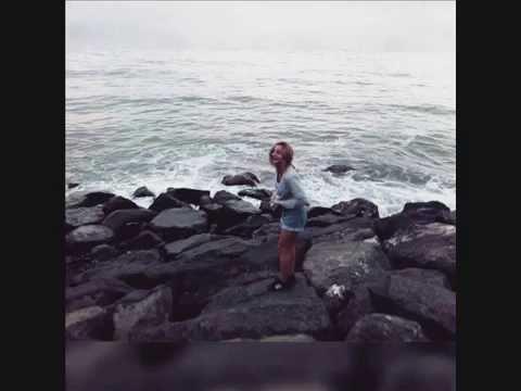 А помнишь, как она смеётся :))))))