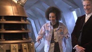Première expérience de Pearl Mackie avec un Dalek