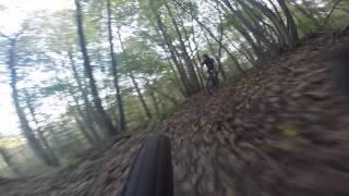 preview picture of video 'VTT - Sortie dans les singles d'Orsay qui finit par une chute'