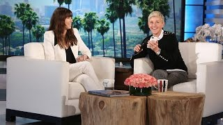 Gambar cover Ellen and Jessica Biel Surprise Justin Timberlake!