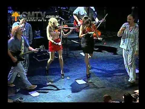 Bersuit Vergarabat video Perro amor explota - N D Ateneo 16 Feb. 2013