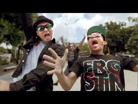 The rain feat endank soekamti   terlatih patah hati  music video