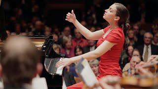 Frédéric Chopin: Piano Concerto No. 1 - Romance (Olga Scheps Live)
