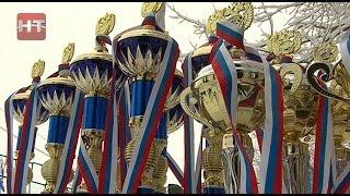 В воскресенье на стадионе «Юрьево» в Великом Новгороде состоялись массовые соревнования «Лыжня России 2015»