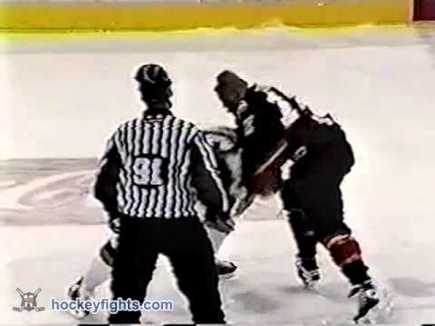 Jarome Iginla vs. Bill Guerin