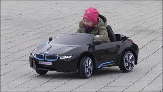 Zwischendurch, ein Kinderauto für unsere Enkelin, eines der vielen Weihnachtsgeschenke