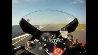preview picture of video 'fontenay le comte le 26/05/2012 1000 gsxr k6 2v racing'