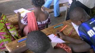 preview picture of video 'Il progetto I colori dello sviluppo (Burkina Faso)'