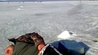 Тюлень на Зимней рыбалке прикол ржака в 2018 году!!!