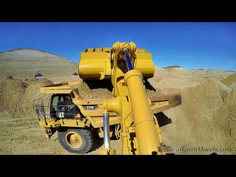 CAT 992G loader, inside & outside view