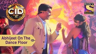 Your Favorite Character   Abhijeet Dances With A Girl   CID