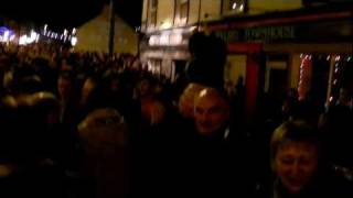 preview picture of video 'New Year's Eve 2010 the Dingle Fife and Drum Band marching down Main Street to the Small Bridge.MOV'