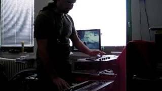 Video Zkouška zvuku syntezátorů