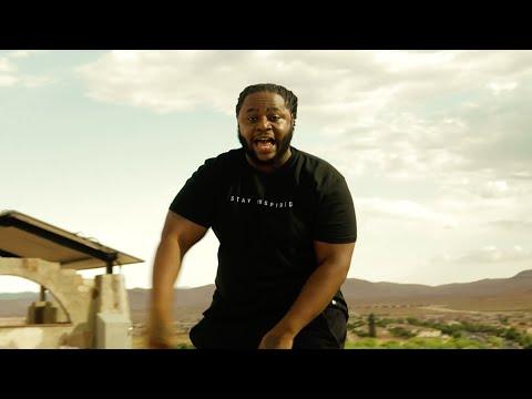 SpiffyUNO & Rafaelo - A Whole King [ Music Video ]