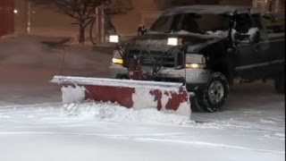 Blizzard 2013: Nor'easter Weather Shuts Down Parts of Connecticut, Massachusetts