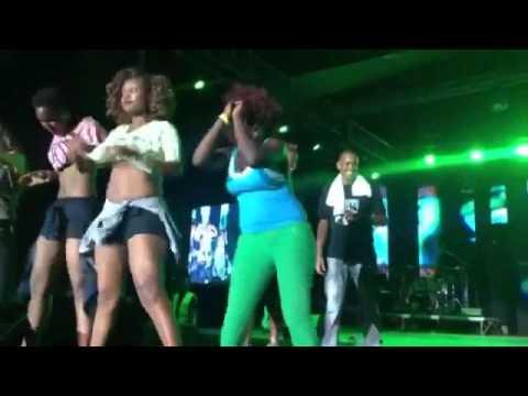 Horny Kisumu Girls Twerk Vigorously at Sauti Sol's Concert
