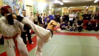 Глубокий нокаут в первом раунде/Deep knockout in the first round