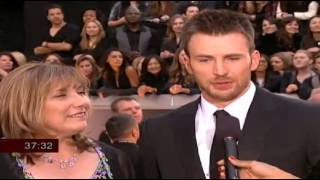 Chris Evans, Chris Evans Brings HIS MOM Oscars Red Carpet INTERVIEW 2013 Oscars Academy