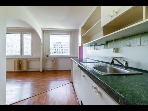 Video z << Nezařízená bytová jednotka o dispozici 3+kk v DV v ulici Borovanského, Praha 5 - Stodůlky >>