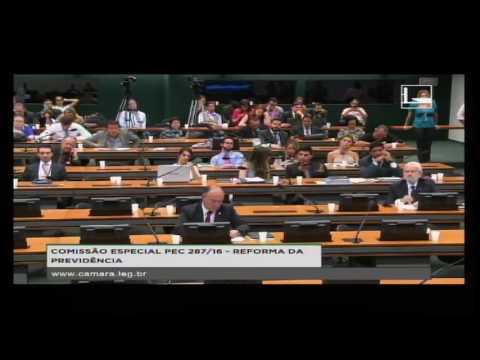 Professor da Unicamp rebate deputados em audiência da reforma da Previdência