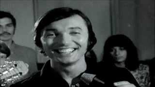 KAREL GOTT -  MÁ PRVNÍ LÁSKA SE DNES VDÁVÁ (TV archiv) g