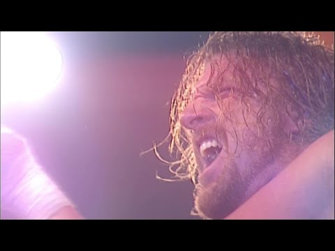 Triple H Triumphantly Returns During The 2002 Royal Rumble Match - Remember The Rumble