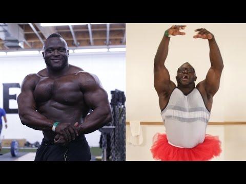 La gymnastique pour les muscles des pieds et les fesses