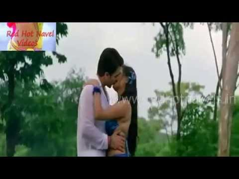 Honey moon couples likes only lip kissing