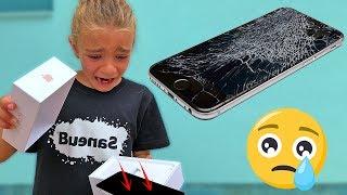 REACCIÓN A MI PRIMER IPHONE, SE ME CAE!!! SaneuB By Las Ratitas!!