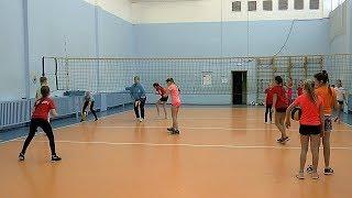 Детский волейбол. Девочки.  Упражнение. Прием и атака