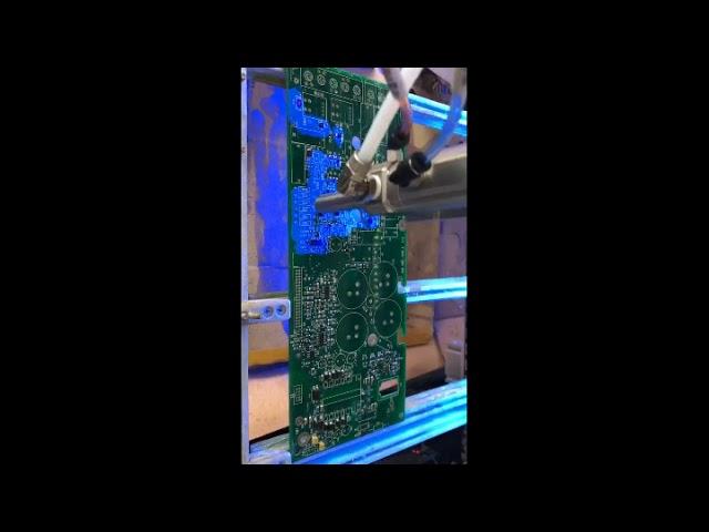 Automatic selective PCB spray conformal coating machine